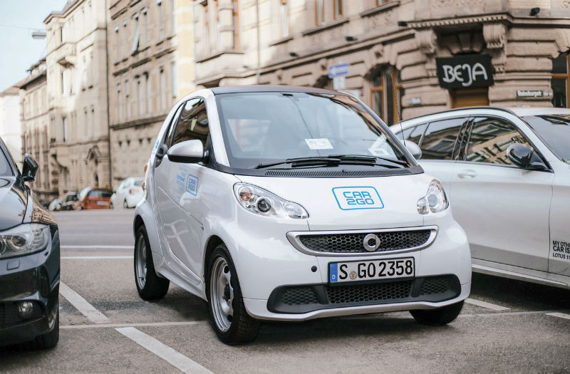 Alquilar coches car2go emov
