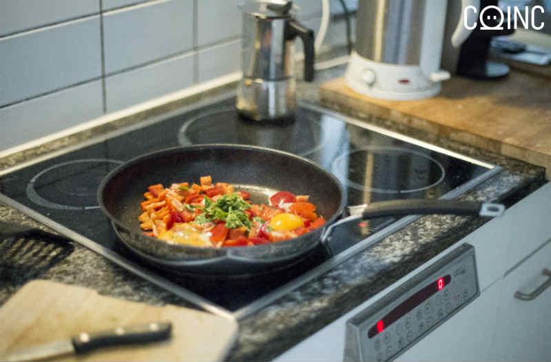 Cocina de gas vitro o inducci n analizamos el consumo for Cocinas mixtas a gas y electricas